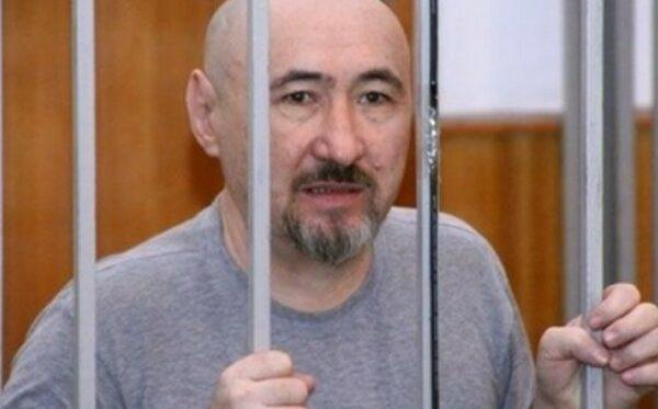 Дисидент Арон Атабек зазнає жорстокого поводження  в казахстанській в'язниці