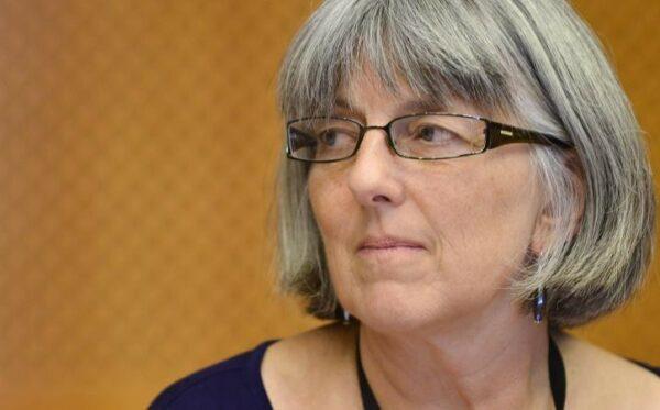 Джулія Уорд закликає керівництво в'язниць до дотримання прав заручників Путіна