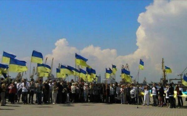 Діяльність на благо України і не тільки. Вибрані ініціативи і проекти Фундації «Відкритий Діалог» 2016-2017