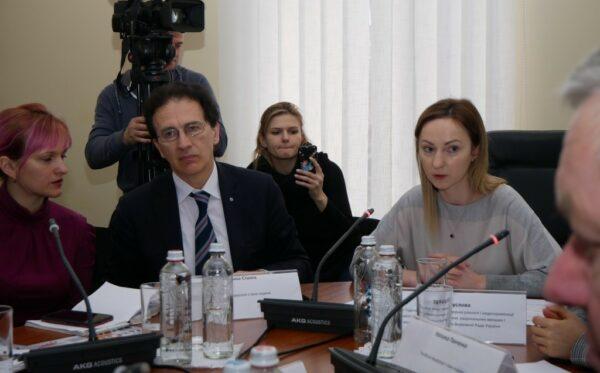 У Верховній Раді обговорили переслідування та порушення прав громадян України на території Росії, Білорусі та Казахстану