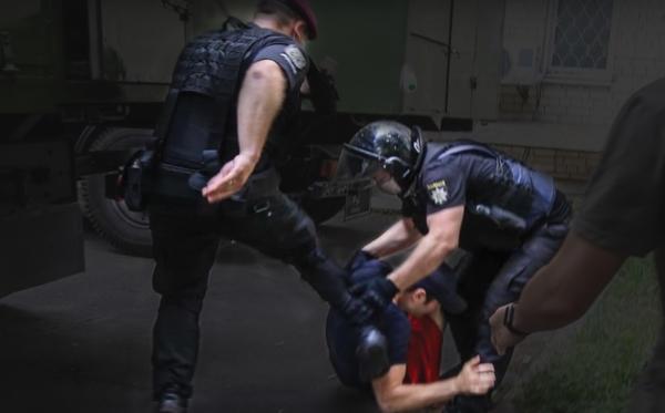 Недоліки правоохоронної системи України на прикладі розслідування нападів на громадських активістів